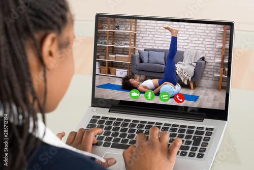 Fototapeta Businesswoman Using Laptop obraz na płótnie