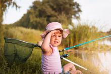 Sweet Little Girl On Fishing N...