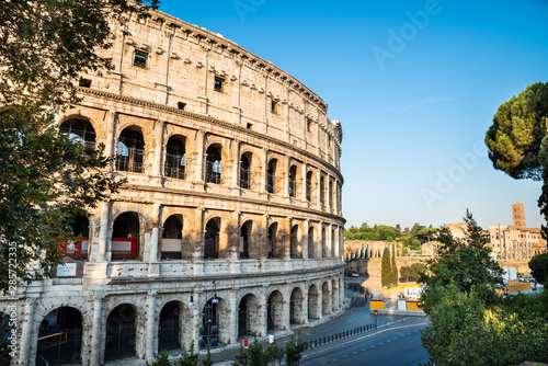 Colosseum At Sunrise In Rome, Italy Tapéta, Fotótapéta