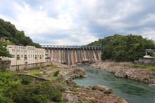 大井ダムと木曽川(岐...
