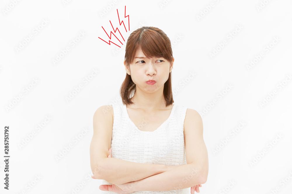 Fototapeta 女性 白背景 怒り