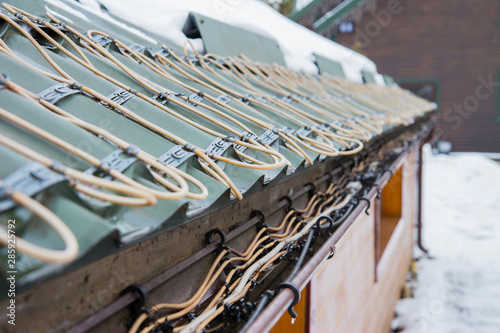 Valokuva  roof anti-icing system, for draining melt water
