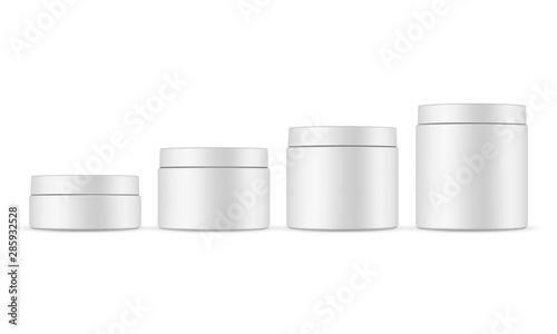 Fotografia  Set of four cosmetic jars mockups isolated on white background