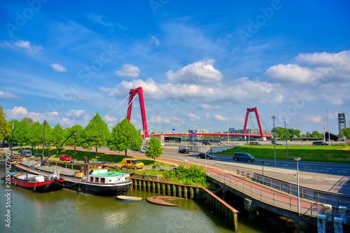 Foto auf Gartenposter Rotterdam The canals and waterways in the city of Rotterdam, the Netherlands.