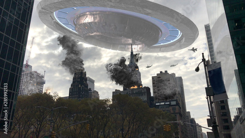 Fotografía Alien Spaceship Invasion Over Destroyed New York Illustration