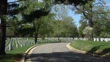 Hop-on Hop-off Trolley Tour Of Arlington National Cemetery.  Virginia, USA.