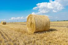 Straw Bales Of Wheat. Straw Ba...