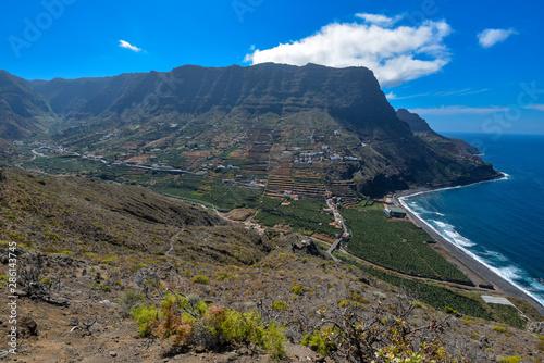 Poster Afrique du Sud Ort Hermigua mit Felsen und Meer auf La Gomera