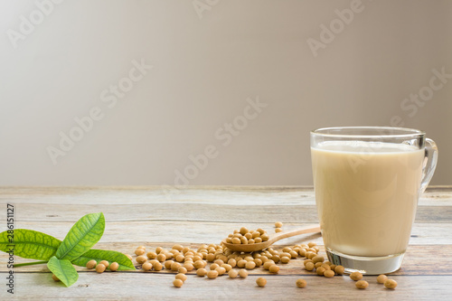Fototapeta Soy milk and soy bean it on wood table background,healthy concept. Benefits of Soy. obraz