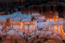 View Of Hoodoos In Bryce Canyo...
