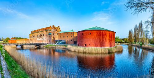 Pinturas sobre lienzo  View of Malmo castle in Sweden