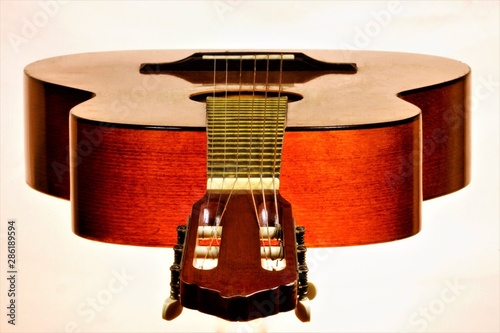 Photo Guitar-string plucked musical instrument