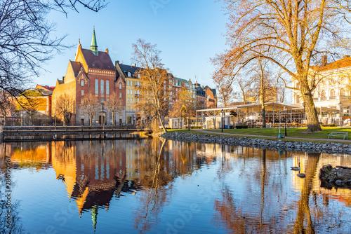 Montage in der Fensternische Himmelblau Beautiful buildings stretched alongside Svartan river in Orebro, Sweden