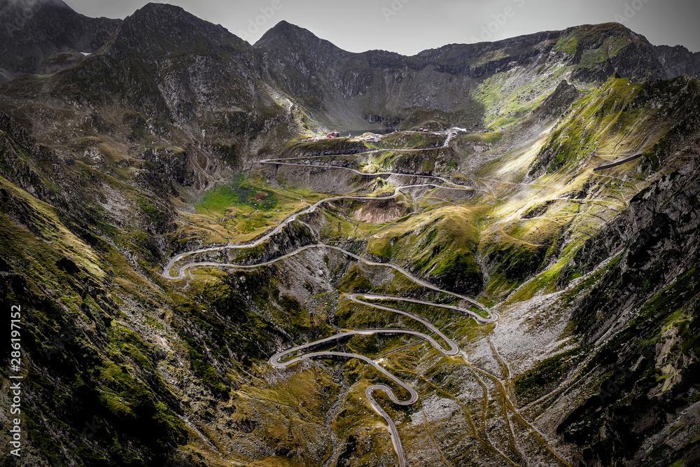 Fototapeta Wonderful mountain scenery. Transfagarasan highway, one of the most beautiful road in Europe, Romania
