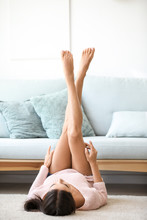 Young Woman With Beautiful Leg...