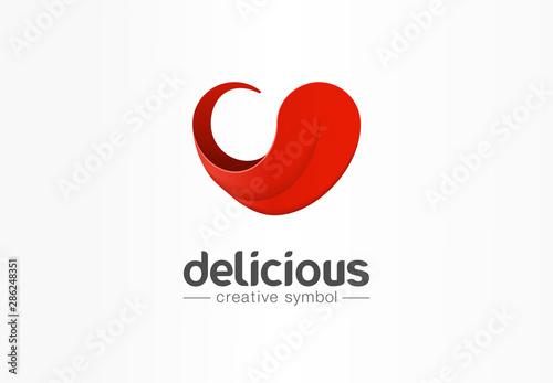 Photo  Delicious, tongue in heart shape creative symbol concept