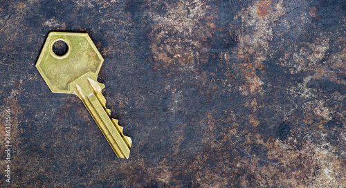 Fototapety, obrazy: Solution, success golden key on grunge metal background, web banner with copy space