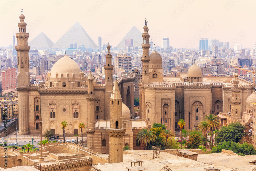 Fototapeta Mosque-Madrassa of Sultan Hassan in the Old city of Cairo, Egypt