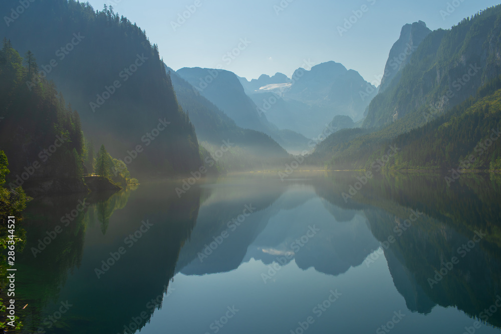 Fototapety, obrazy: A magnificent lake in the mountains. Austrian Alps