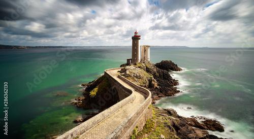 Obraz View of the lighthouse Phare du Petit Minou - fototapety do salonu