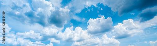 Foto auf AluDibond Himmelblau blurry sky panorama.Panoramic shot of a beautiful cloudy sky.