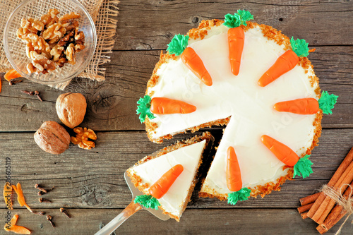 Stampa su Tela Homemade carrot cake with cream cheese frosting
