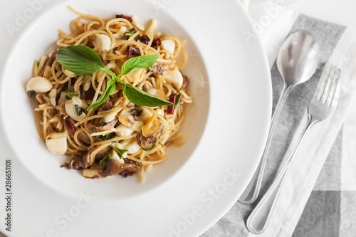 Close up drunken spaghetti with clam Fototapet