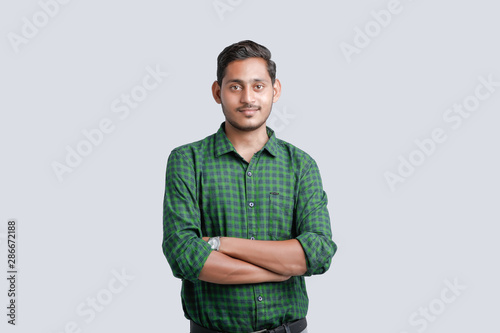 Valokuvatapetti young indian man multi expression
