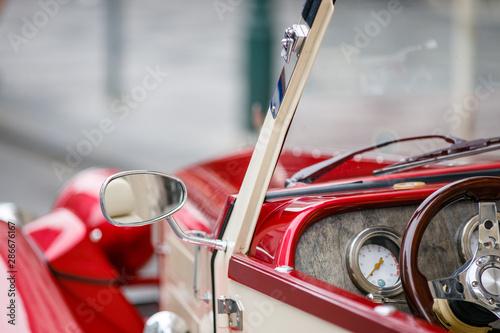 фотография Retro car, retro torpedo car, vintage steering wheel, speedometer