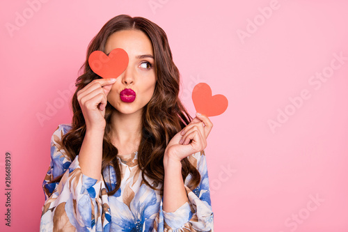 Photo Close-up portrait of her she nice-looking attractive lovely coquettish cheerful