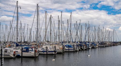 Fototapety, obrazy: Yachthafen bei Heiligenhafen