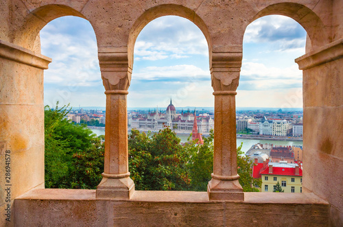 Foto auf Leinwand Budapest Beautiful view of Hungarian parliament from Fisherman Bastion, Budapest , Hungary