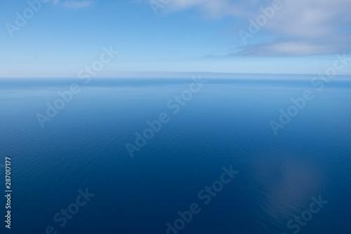 Obraz na plátně  Horizonte de mar e céu azul