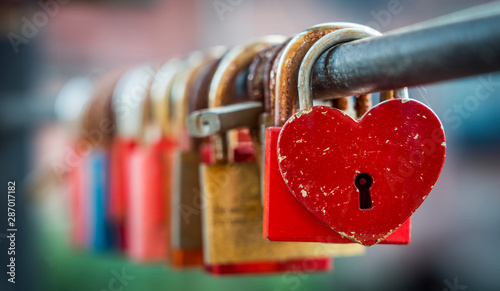 Obraz Love padlocks - fototapety do salonu
