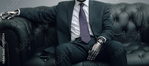 Photo Robot businessman sitting on leather sofa, artificial intelligence conceptual de