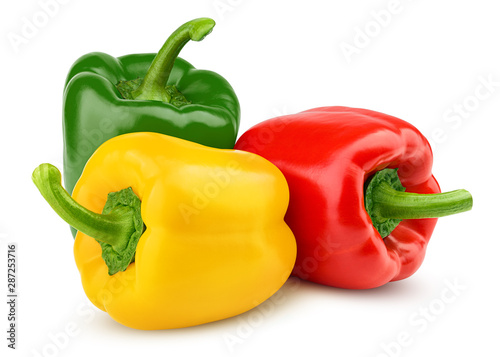 Foto sweet pepper, red, green, yellow paprika, isolated on white background, clipping