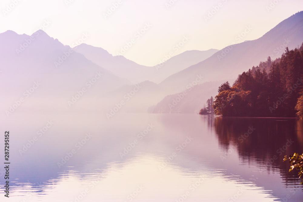 Fototapeta Mountains lake