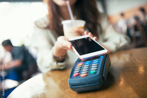 Pinturas sobre lienzo  Mobile Payment On Pos Machine