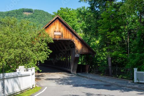 Fotomural Woodstock Covered Bridge