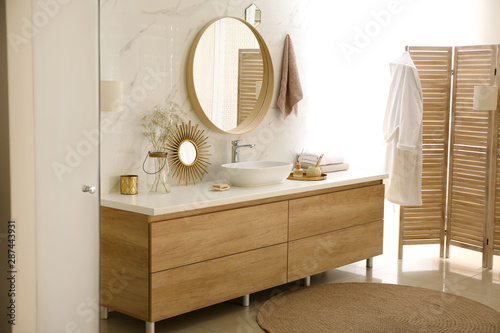Fototapety, obrazy: Modern bathroom interior with vessel sink and round mirror