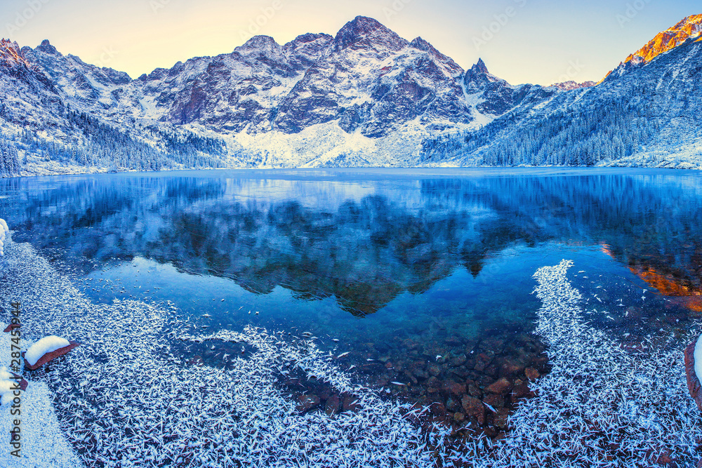 Fototapety, obrazy: Mountains in winter morning