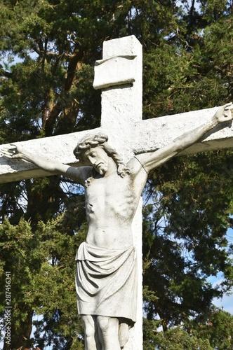 Photo Crucifix in Cemetery