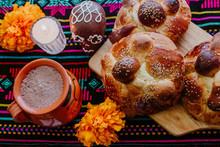 Pan De Muerto, Mexican Sweet B...