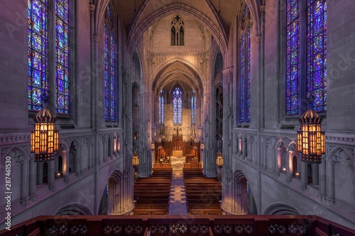 Photo  Heinz Memorial Chapel on the campus of the University of Pittsburgh in Pittsburg