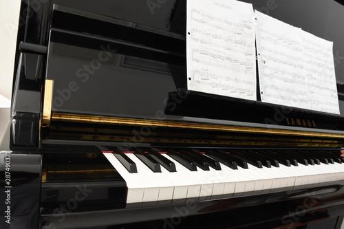 piano - 287490371