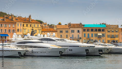 Fotografia Luxury Yachts Marina