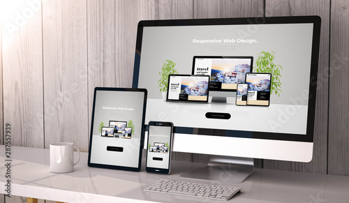 Fotografija devices responsive on workspace cool website design