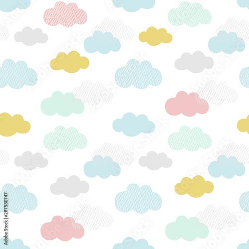 wektor-wzor-chmur-recznie-rysowane-bez-szwu