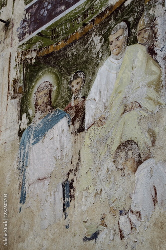Fototapeta Old fresco depicting Jesus Christ and Pontius Pilate on wall of destroyed Christian Orthodox Church of Nicholas Wonderworker