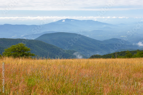 Fotografiet View of the Blue Ridge mountains from the Appalachian Trail near the summit of C